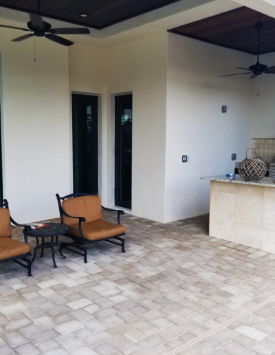 Cape Coral Paver Patio and outdoor kitchen