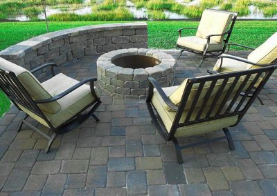 Outdoor Fire Pit with outdoor paver patio